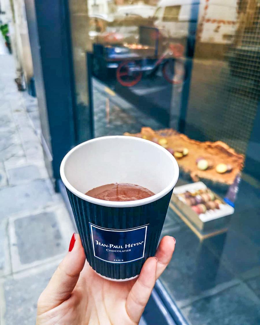 Warme chocolademelk van Jean Paul Hévin in Parijs